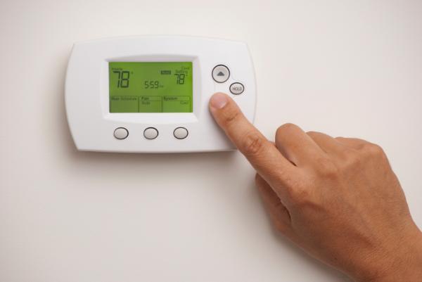 Cómo ahorrar luz en casa - Trucos para ahorrar en calefacción y aire acondicionado