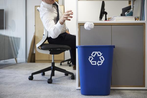 Cómo cuidar el medio ambiente en el trabajo - Optimizar el uso del papel en la oficina