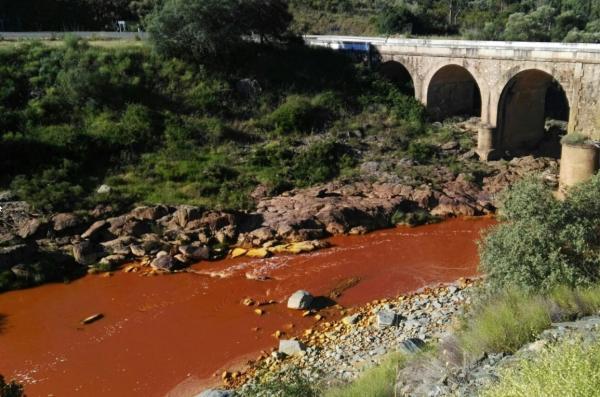 Ríos más contaminados de España - Río Odiel y su afluente Tinto