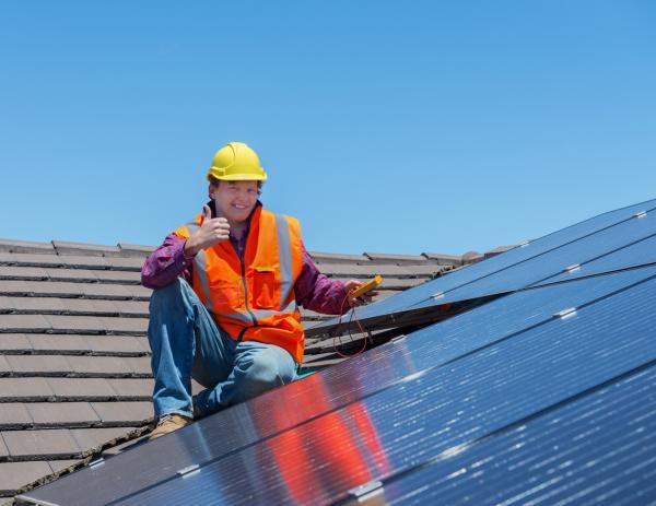 Kits solares para autoconsumo: cómo funcionan - Qué potencia se necesita para un kit fotovoltaico de autoconsumo