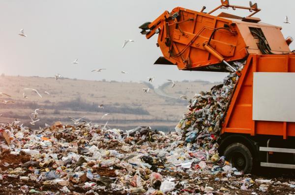 Cosas que contaminan el medio ambiente - Basura