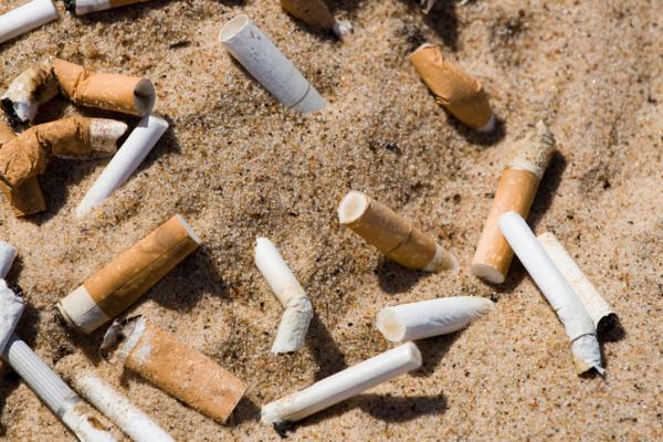Cosas que contaminan el medio ambiente - Colillas