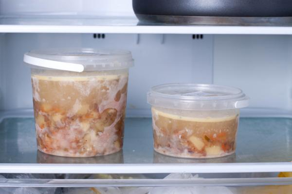 Cómo ahorrar en comida en casa - Poner orden en el congelador