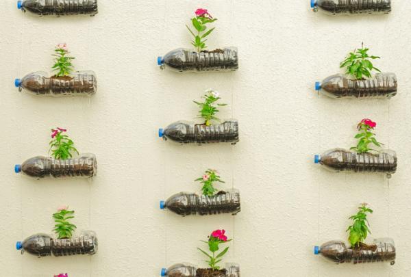Cómo hacer macetas recicladas - Macetas recicladas con botellas de plástico - paso a paso