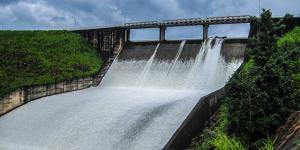 Qué es la energía cinética del agua