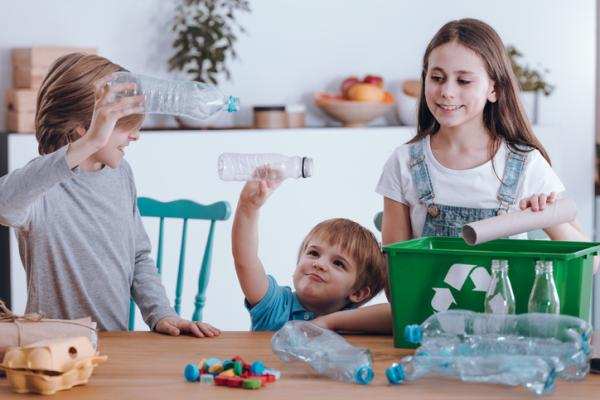 Cómo enseñar a los niños a reciclar la basura - Hacer un organigrama con dibujos