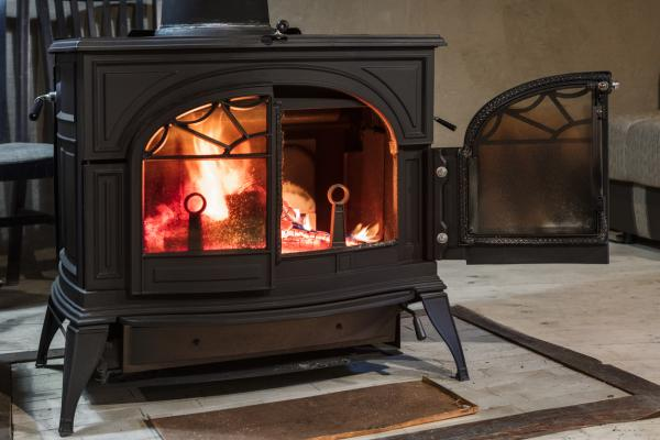 Estufas y chimeneas de leña ecológicas