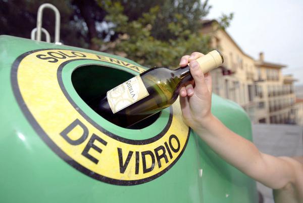 Dónde reciclar esos residuos que no sabemos dónde van - Contenedor verde
