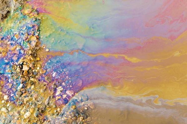 Cuáles son los agentes contaminantes del agua - Aguas residuales que contaminan el agua y el suelo