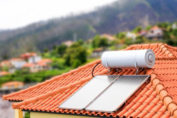 Usos de la energía solar - Producción de agua caliente sanitaria (ACS)