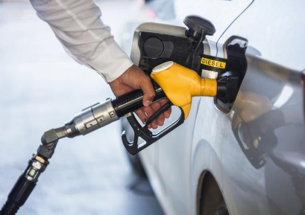 Qué contamina más el diésel o la gasolina - Cuánto contamina un coche de diésel