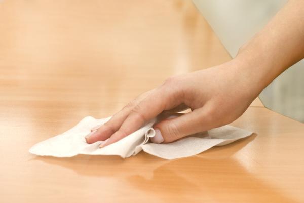 Cómo hacer toallitas desinfectantes caseras - Cómo hacer toallitas desinfectantes con cloro