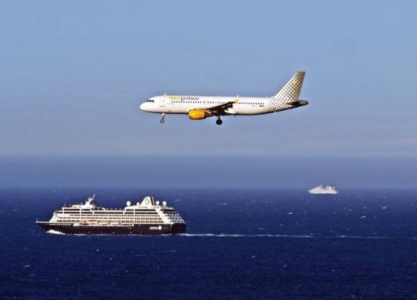 Cuánto contamina un avión - ¿Contamina más el avión o el barco?