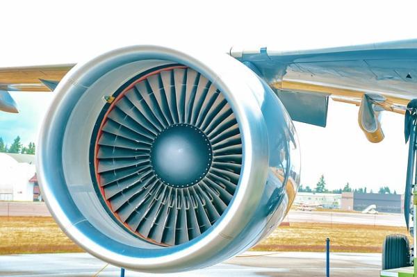 Cuánto contamina un avión - ¿Contaminan más los aviones o los coches?