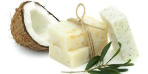 Jabón de coco: para qué sirve y cómo hacerlo