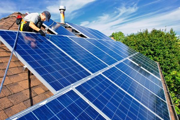 Qué son los paneles solares y cómo funcionan - Instalación de paneles solares en casa o en empresas