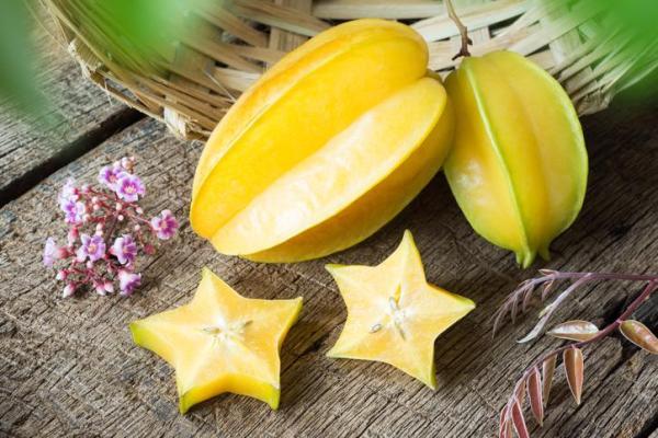 30 nombres de frutas tropicales raras - Carambola