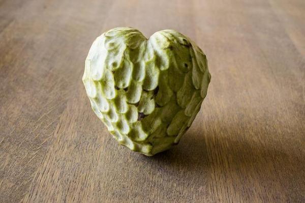 30 nombres de frutas tropicales raras - Chirimoya