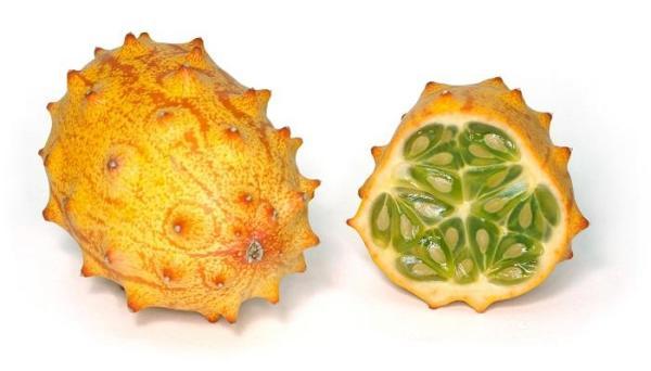 30 nombres de frutas tropicales raras - Kiwano o melón africano