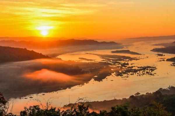 Regiones naturales de Asia - Llanuras fluviales del Este