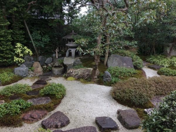 Cómo construir un camino de grava en el jardín - Cómo hacer un camino de grava en el jardín - consejos
