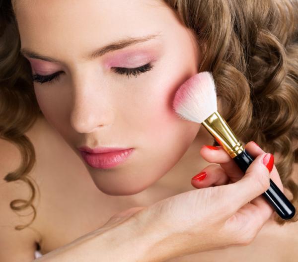 Cómo hacer maquillaje ecológico casero - Cómo hacer colorete o blush casero