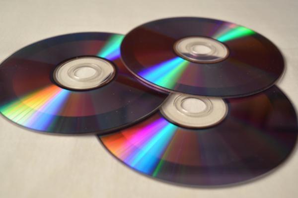 Dónde se tiran los CD viejos - De qué están hechos los CD viejos
