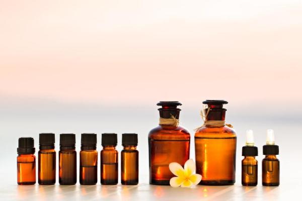 Comment fabriquer sa crème solaire naturelle - 3 recettes faciles - Ingrédients naturels qui protègent du soleil