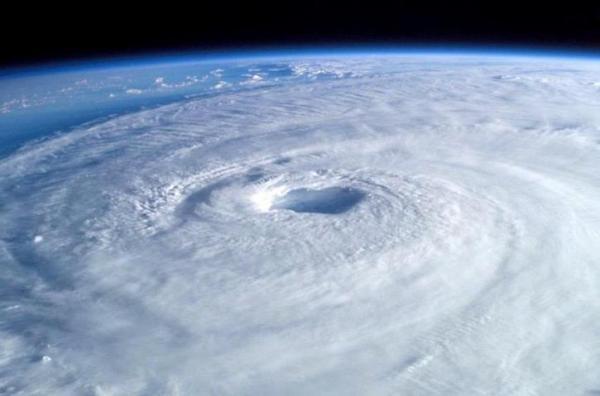 Qu'est-ce qu'un ouragan - Définition et comment il se forme - Qu'est-ce qu'un ouragan - Définition d'un ouragan