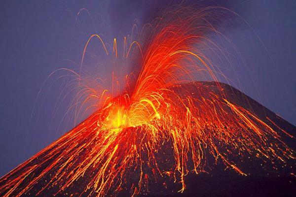 Comment se forme un volcan - Comment se produit une éruption volcanique